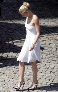 Gwyneth Paltrow in high heels