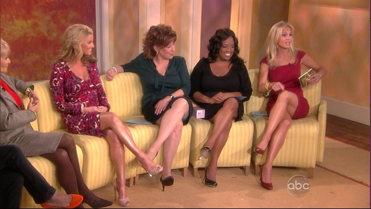 Elisabeth Hasselbeck Legs http://onlyinhighheels.wordpress.com/category/celebrities-in-high-heels/elisabeth-hasselbeck/
