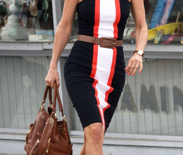 Courtney Cox Has Hot Legs In High Heels On The Set Of Cougartown