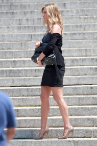 Jennifer aniston more on set