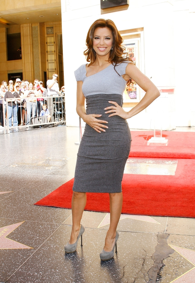 eva-longoria_at_l-oreal_celebrates_its_100th_anniversary_with_a_star_on_hollywood_WOF