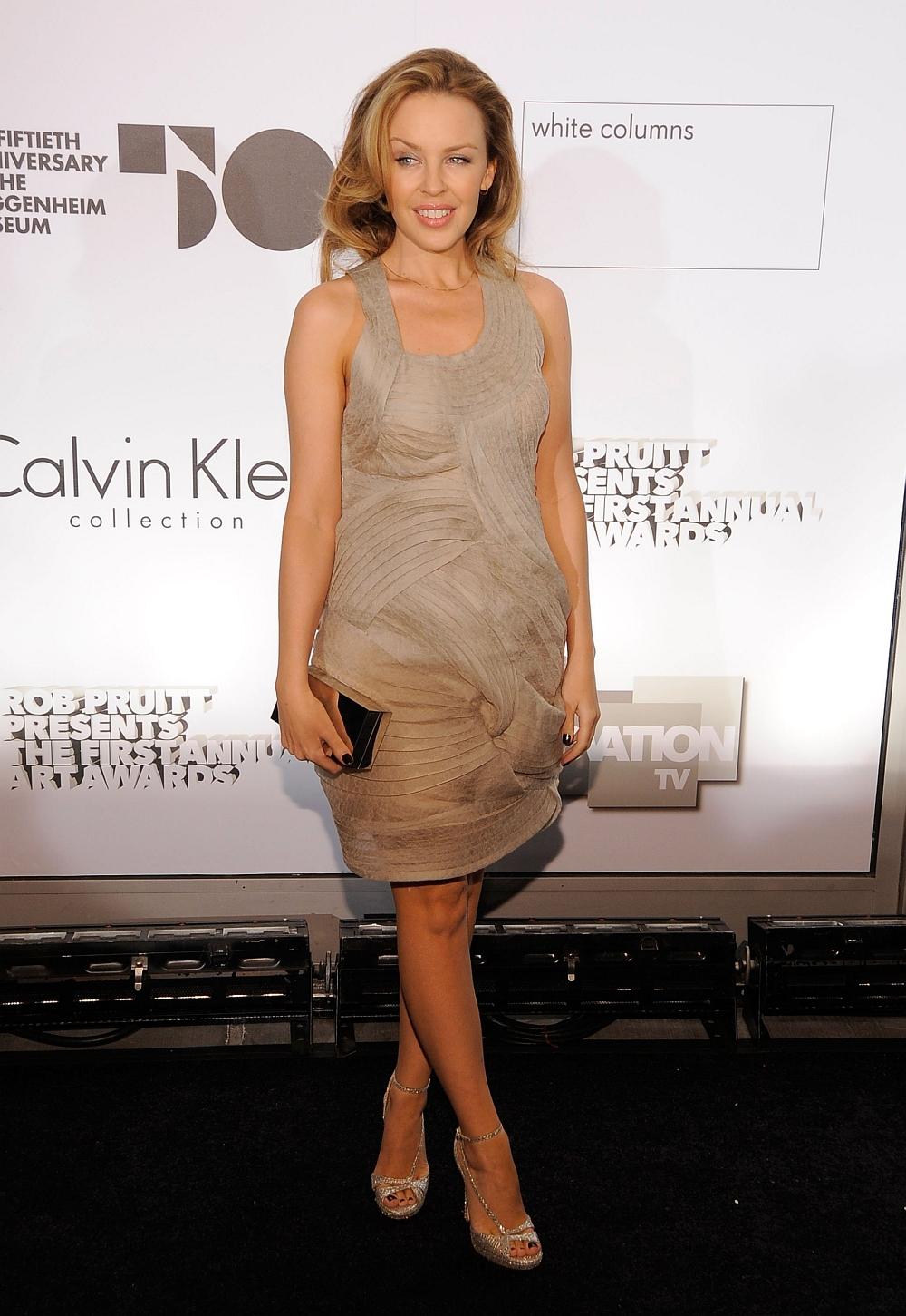 Kylie Minogue Has Sexy Legs in High Heels