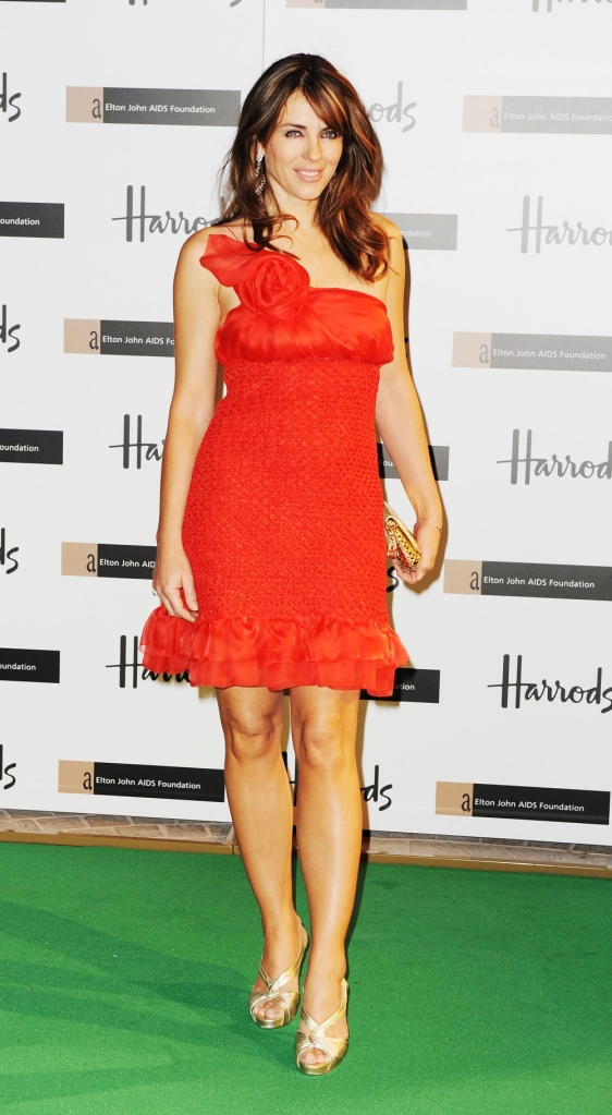 liz hurley red dress1