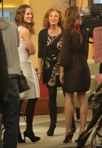 jennifer garner and jessica biel sexy legs in high heels