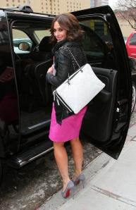 Jennifer Love Hewitt in high heels