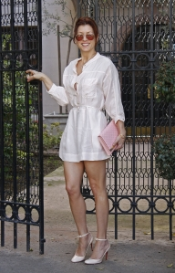 Kate Walsh is leggy in high heels