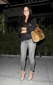 olivia munn sexy legs skinny jeans in high heels