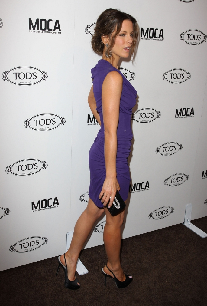 kate beckinsale_Tods_Boutique_Opening_in_Beverly_Hills_April_15