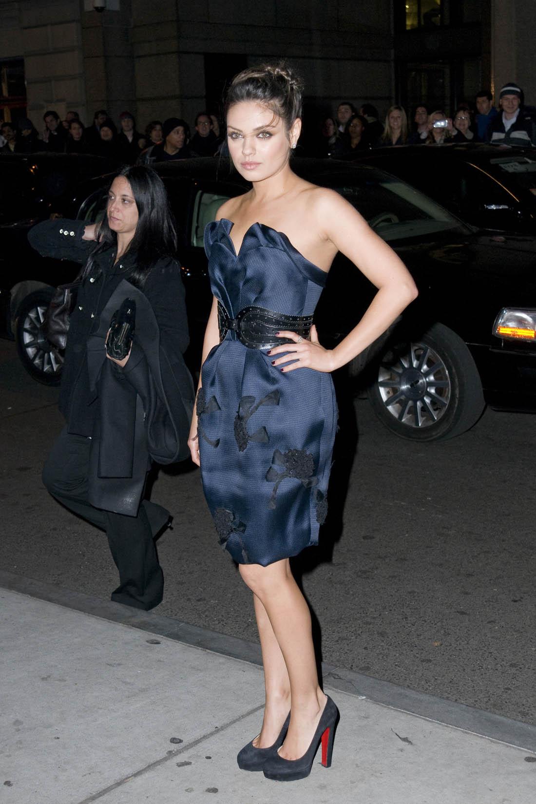 Mila Kunis In High Heels  Only In High Heels-1018