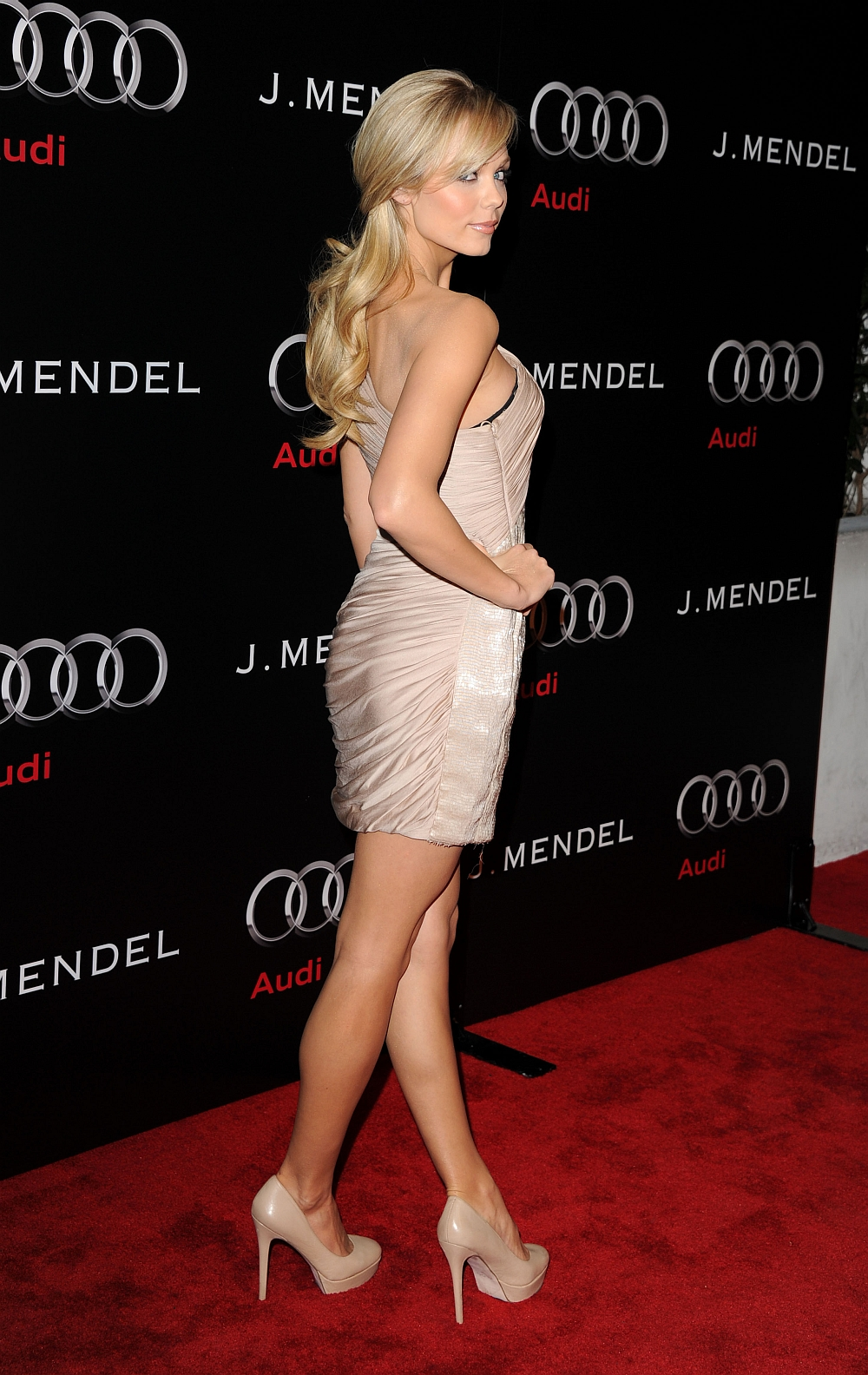 Celebrities in High Heel Pumps 7 [HQ] - SuperiorPics ...