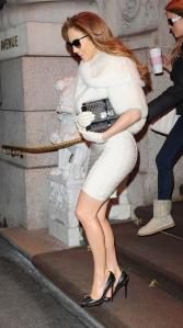 jennifer lopez white dress and black heels