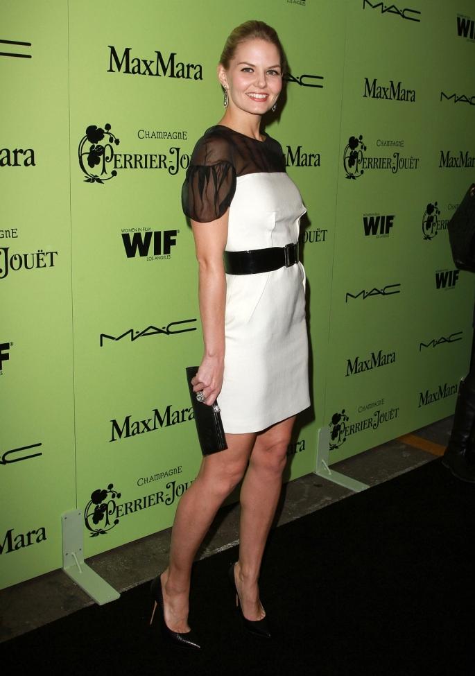 Jennifer Morrison legs in high heels