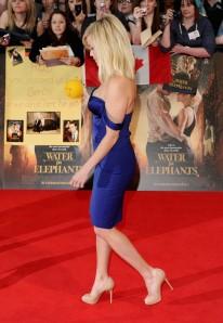 Reese Witherspoon legs in high heels