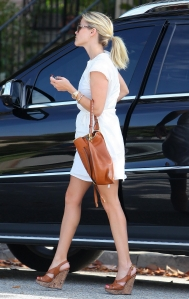 reese witherspoon truck and legs