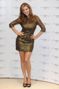 kelly brook legs