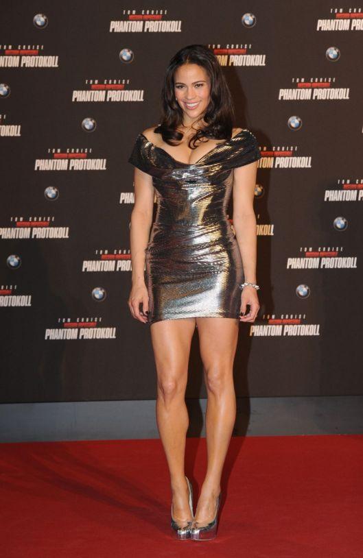 Paula Patton legs