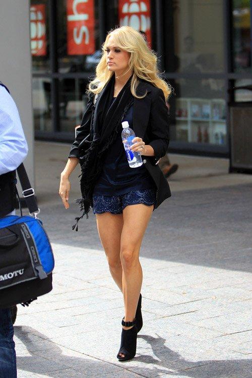 Carrie Underwood In High Heels Only In High Heels