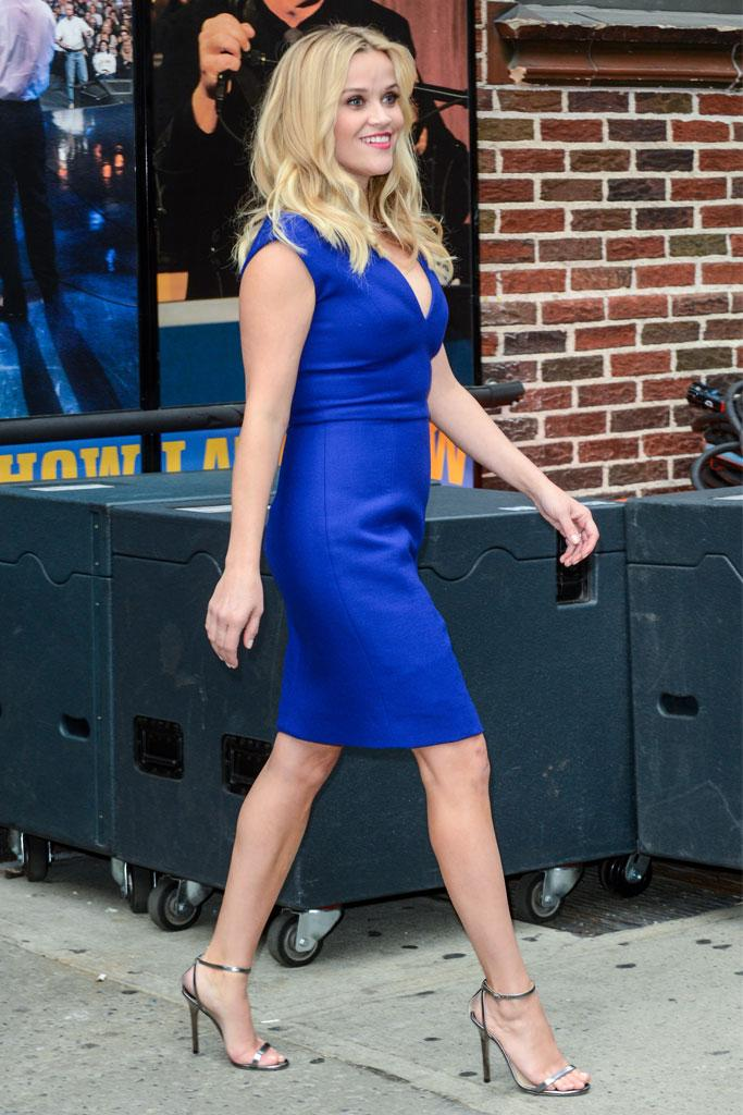 345bb1f9b8fa Reese Witherspoon Sexy Cleavage and Hot Legs in Little Blue Dress at ...