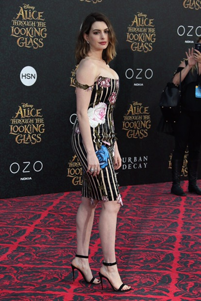 Anne Hathaway Only In High Heels