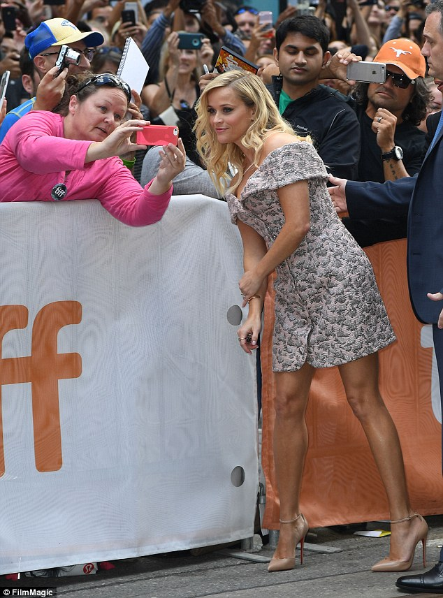 reese-witherspoon-for-sing-toronto