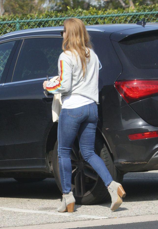 amy adams tight jeans