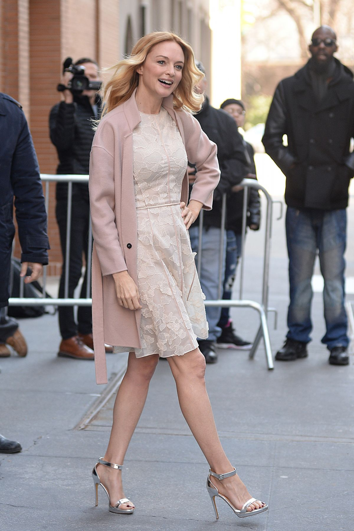 Heather Graham Hot heather graham classy in a pretty dress and silver high